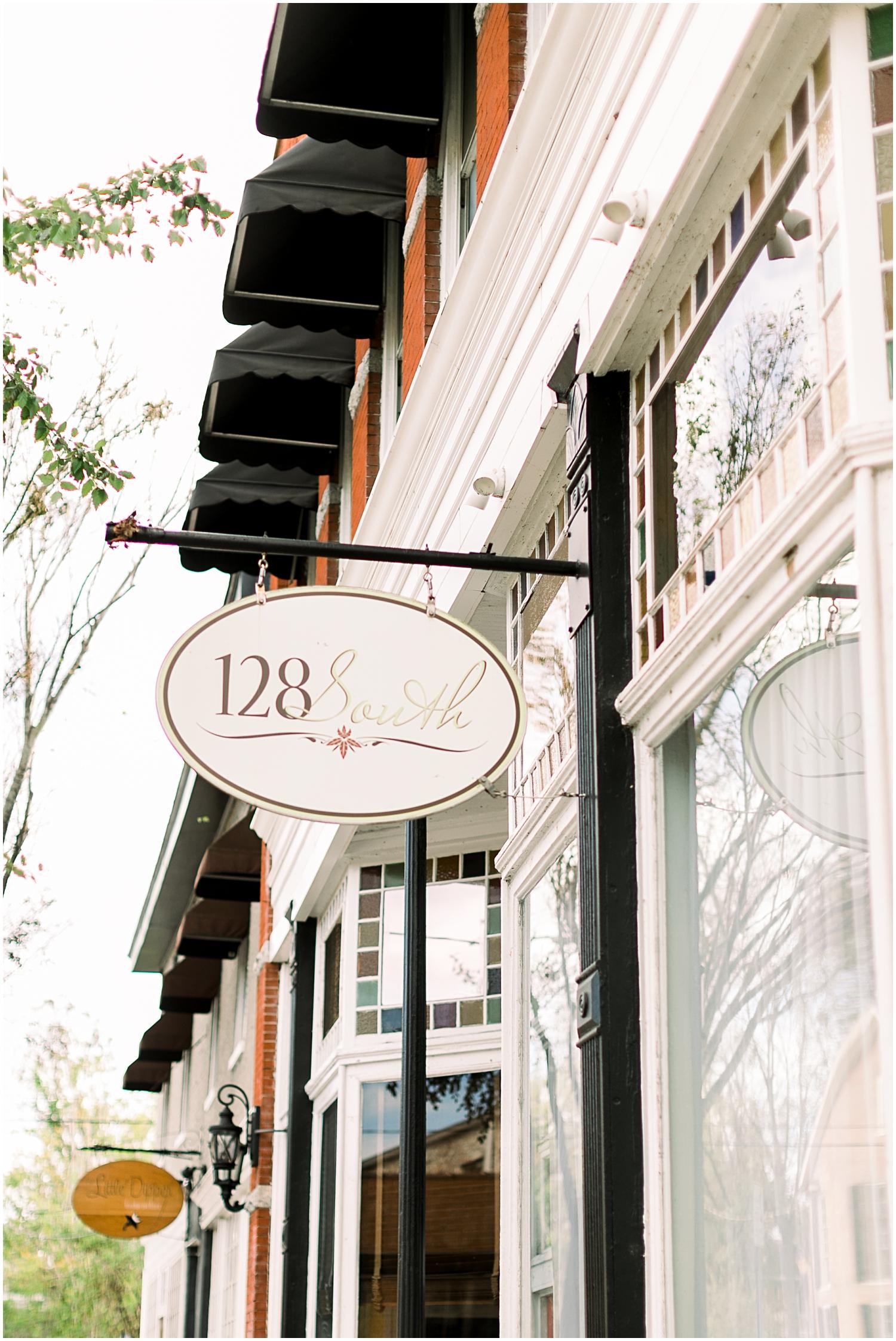 128 South Wedding venue, Downtown Wilmington NC Wedding_Erin L. Taylor Photography_0027.jpg