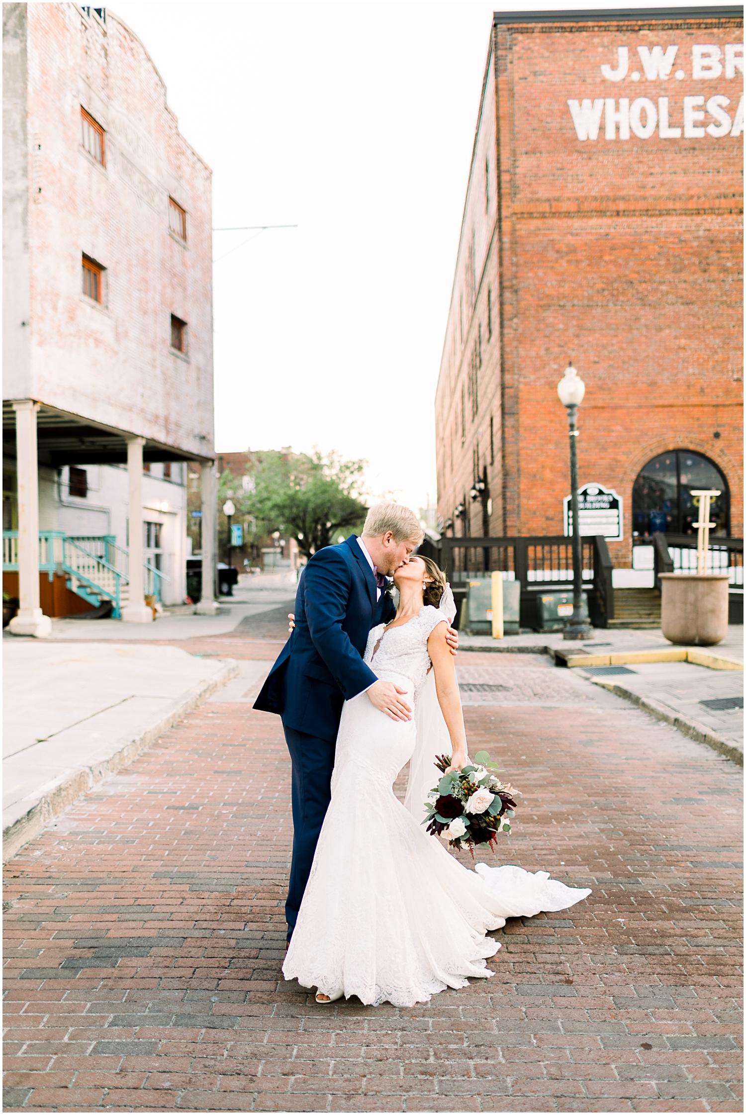 128 South Wedding venue, Downtown Wilmington NC Wedding_Erin L. Taylor Photography_0037.jpg