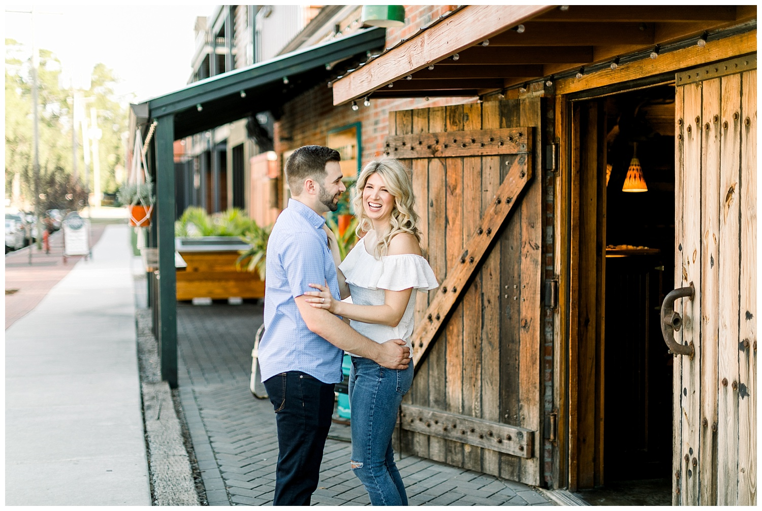 Downtown Wilmington NC Engagement_Erin L. Taylor Photography_0031.jpg