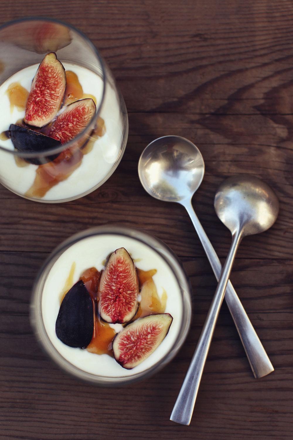 figs+yogurt.jpg