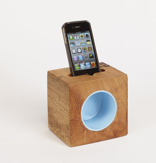 Touchwood Design Rad Block speaker perfectly fits an iphone and allows you to erganomically play your favorite top music.