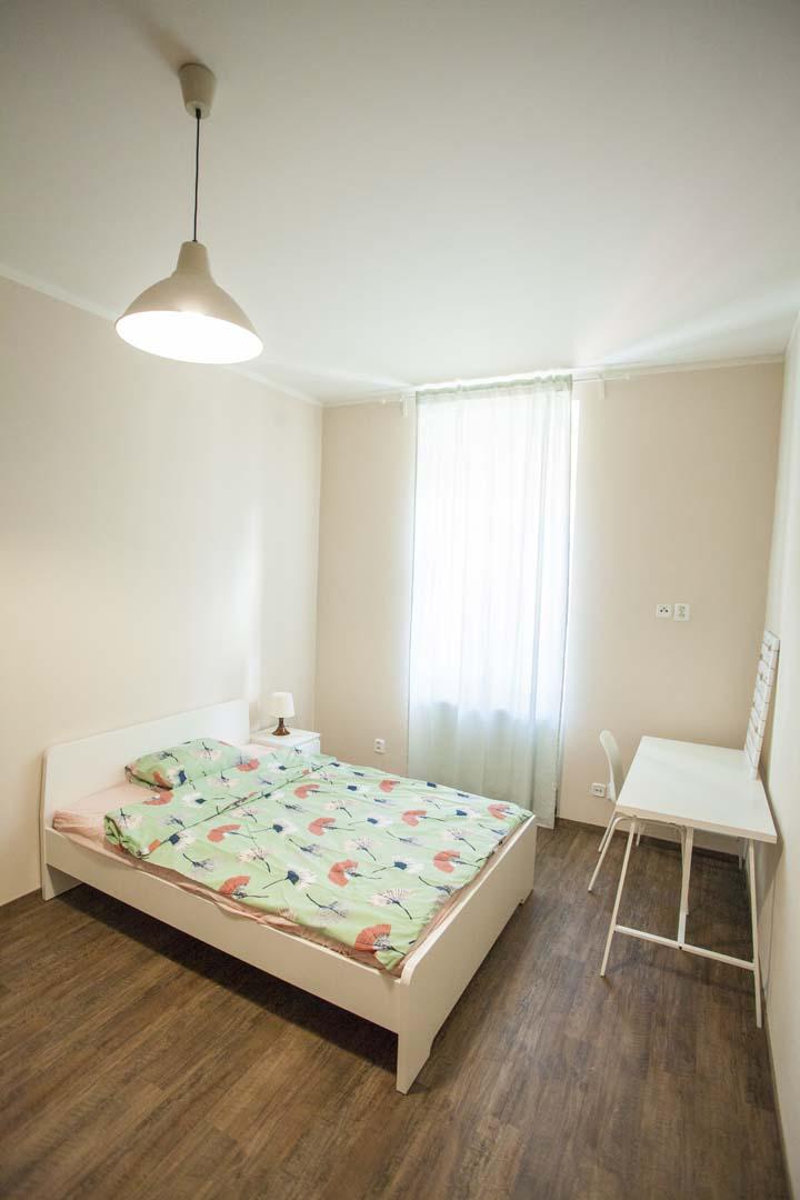 Big single room 1.jpg