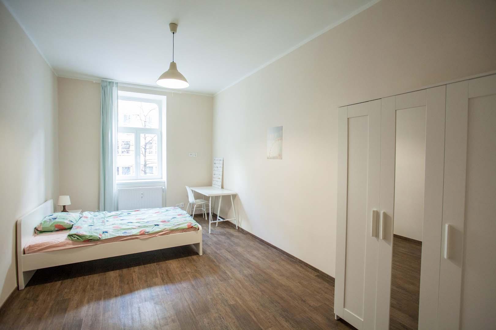 Big single room 3.jpg
