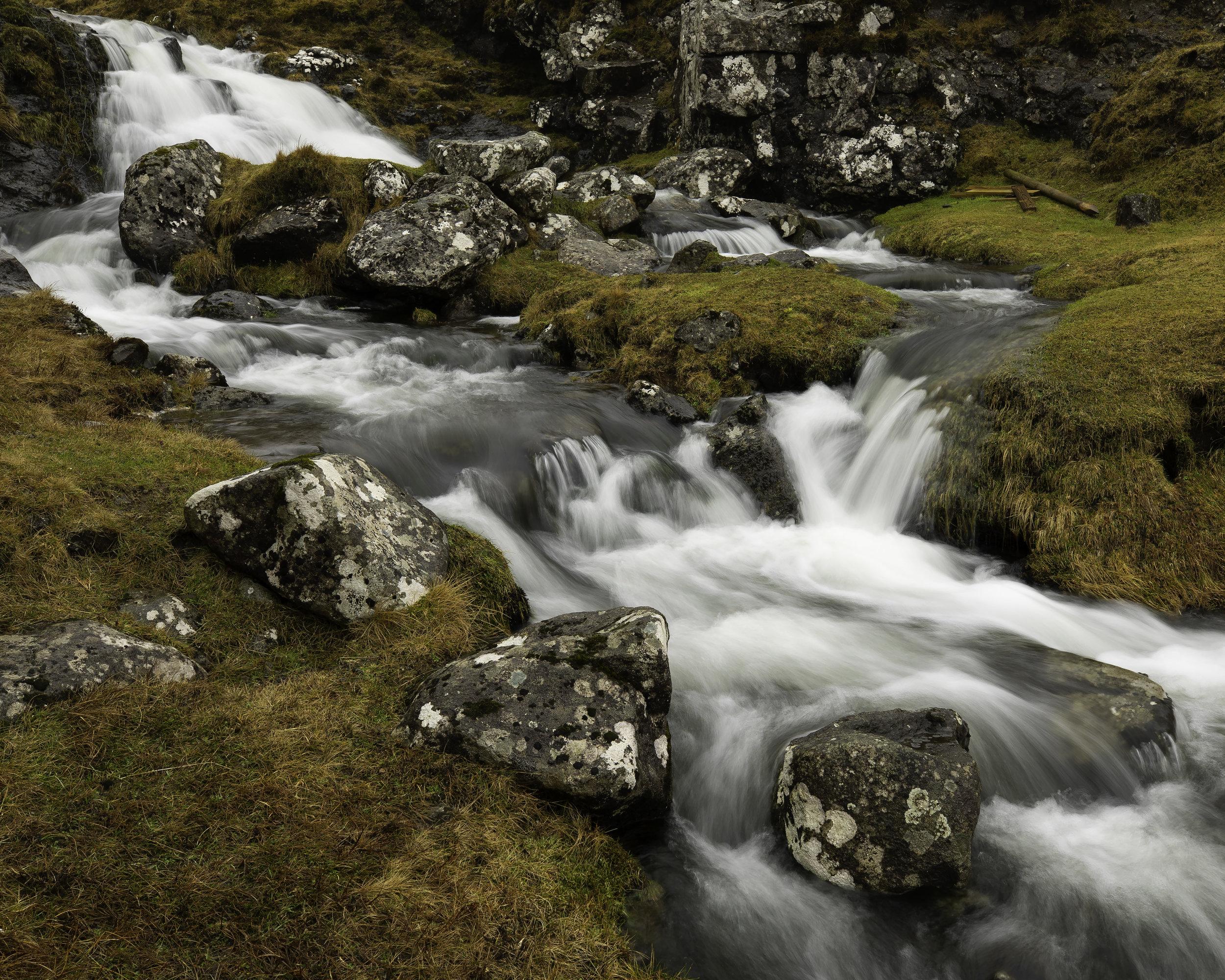 Faroe falls (website standard).jpg