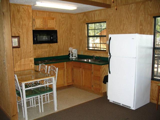 Tour-11-Deluxe Cabin Kitchen.jpg