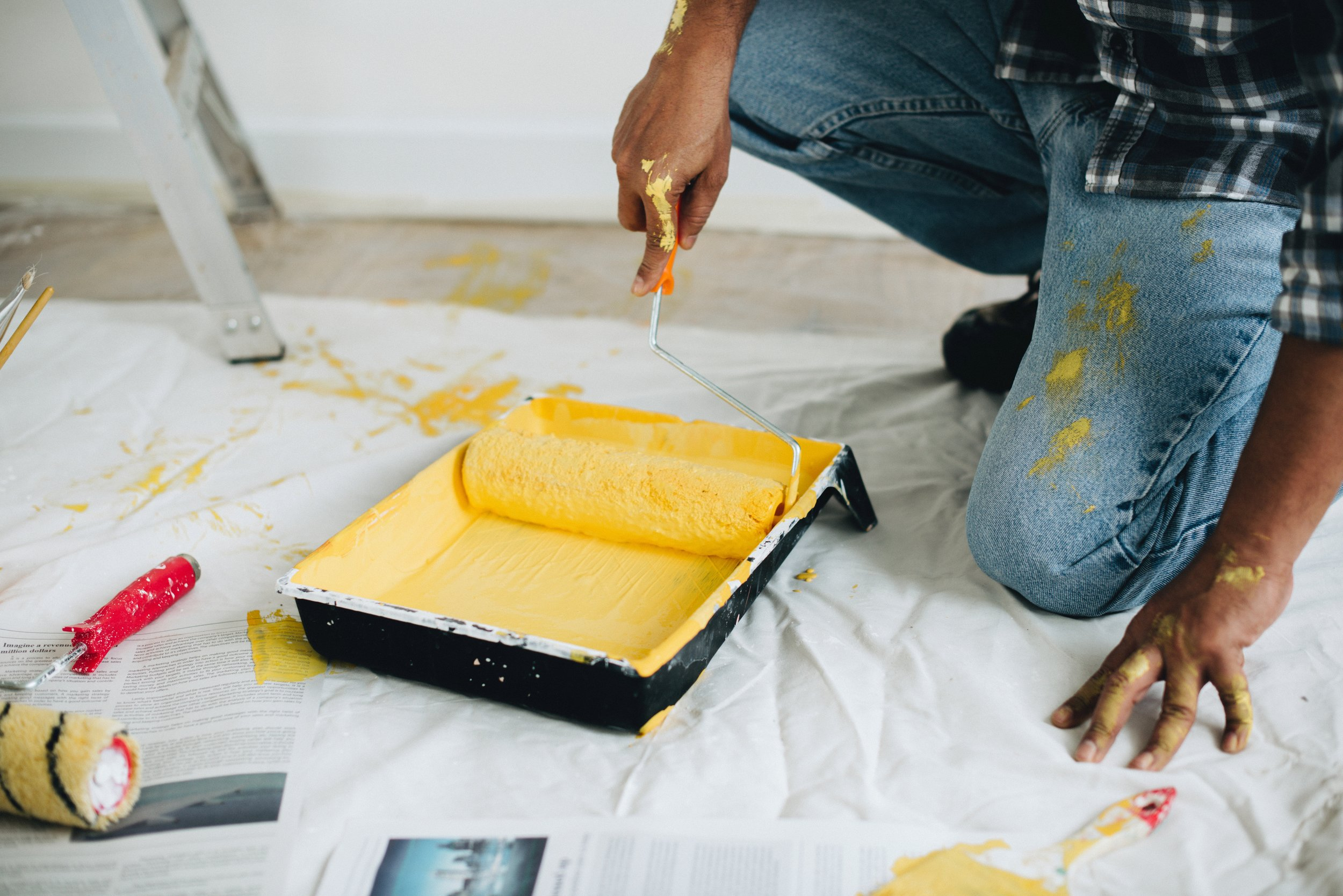 Get a free estimate - What can we help you with?Let us know, and we'll get our hands dirty and your walls painted in no time.