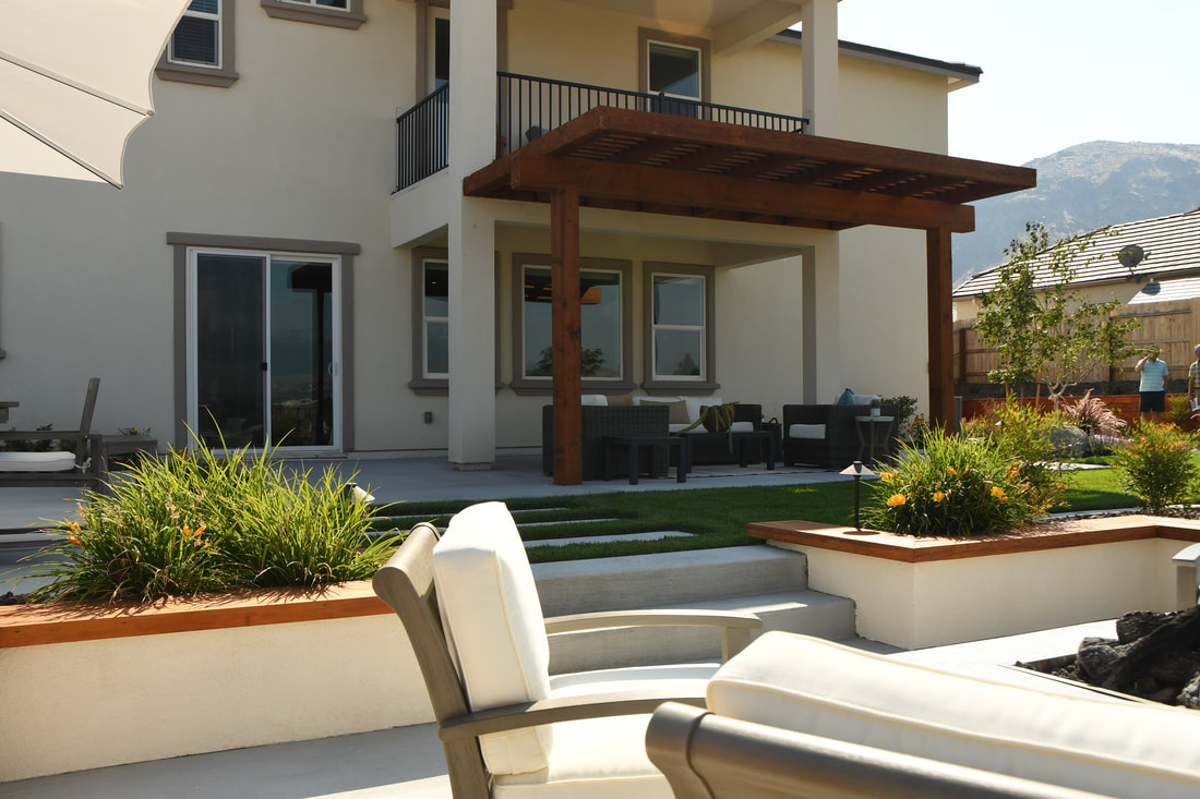 Backyard landscaping ideas with retaining wall in Reno, NV
