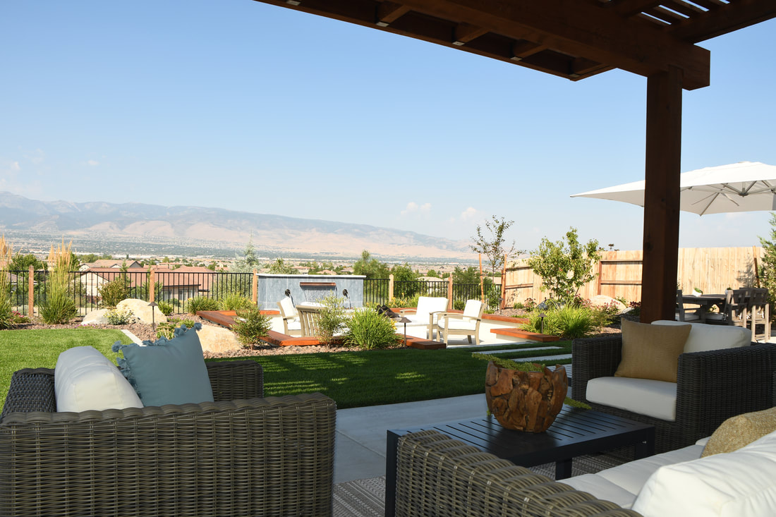 Pergola, retaining wall and outdoor fireplace in Reno, VN