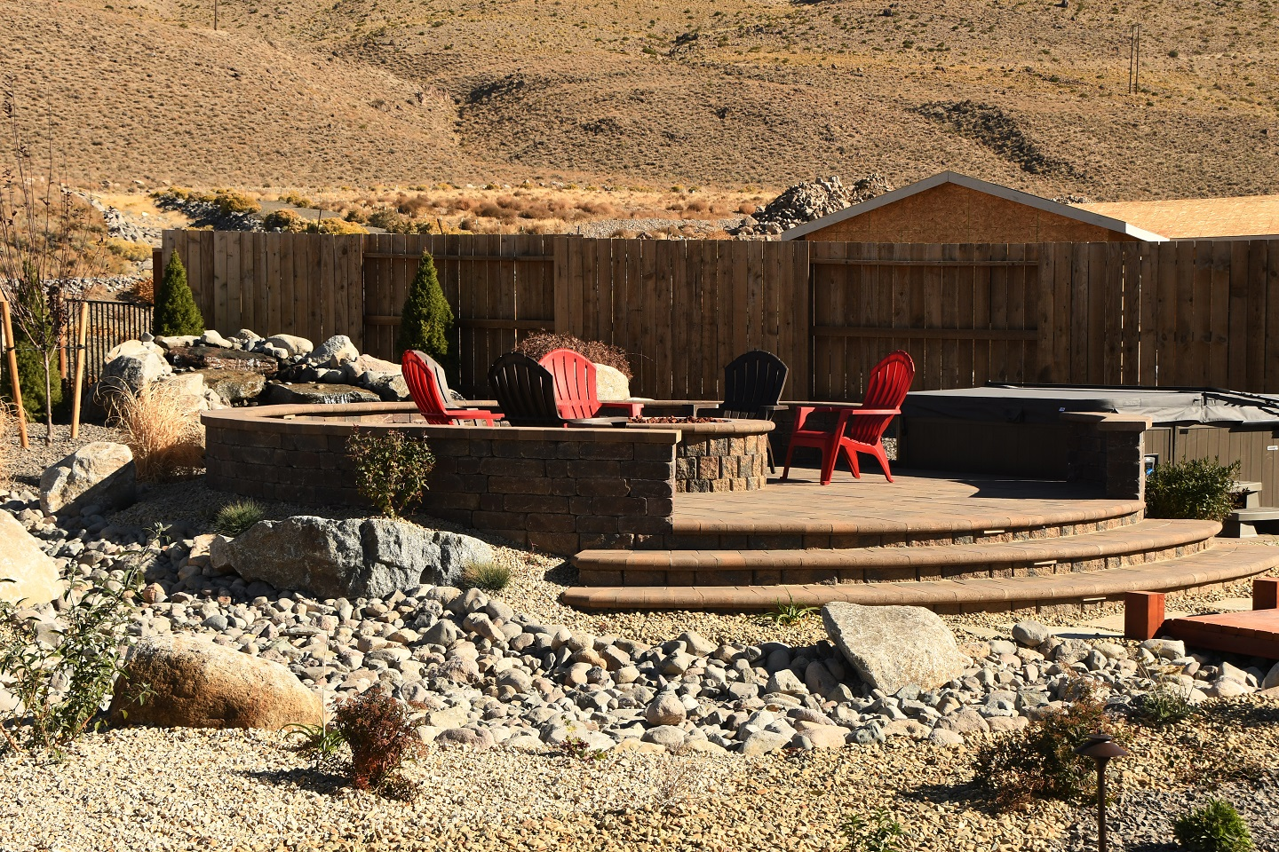 Reno, NV outdoor fireplace with top patio