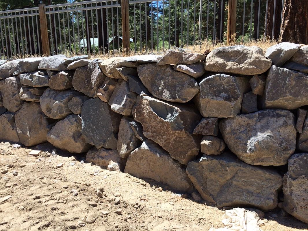 Retaining wall ideas in Reno, Nevada