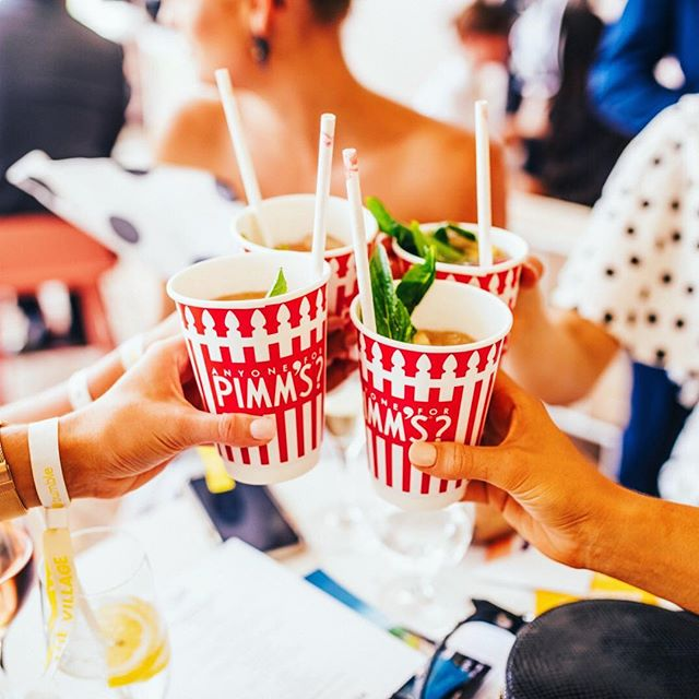 Who else is hanging out for Pimms O'Clock!? Cheers to @pimmsaustralia for keeping us refreshed at Tipple 🍹🙌 #thetippleeffect #derbyday #melbournecup #springracing #springcarnival #perth #perthevents #perthisok #pinktankevents