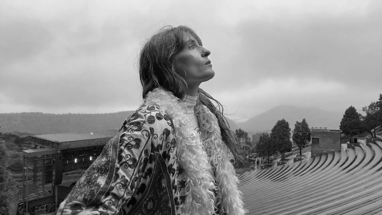 FLORENCE & THE MACHINE . APPLE . SHOT ON IPHONE