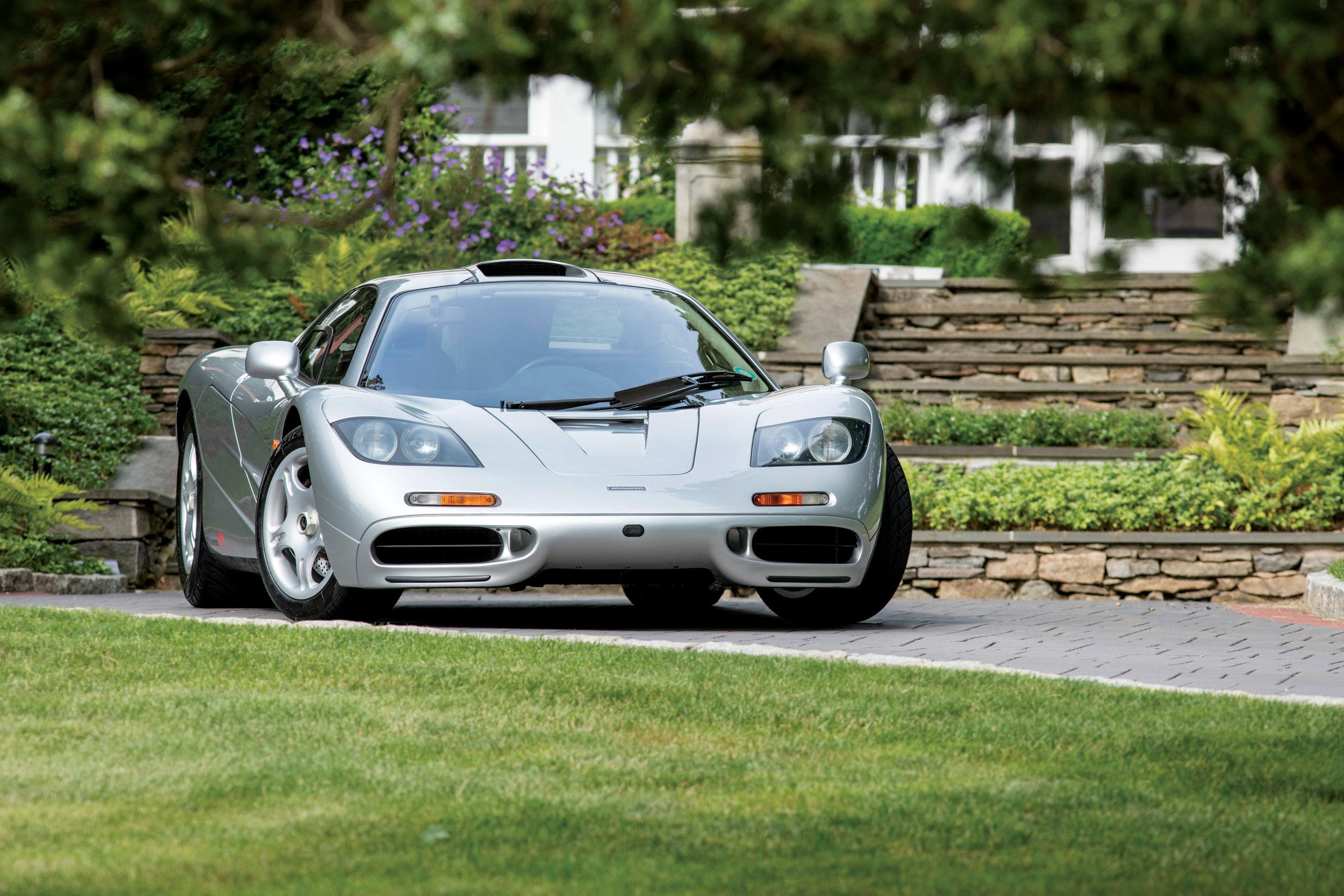 1995 McLaren F1 01.jpg