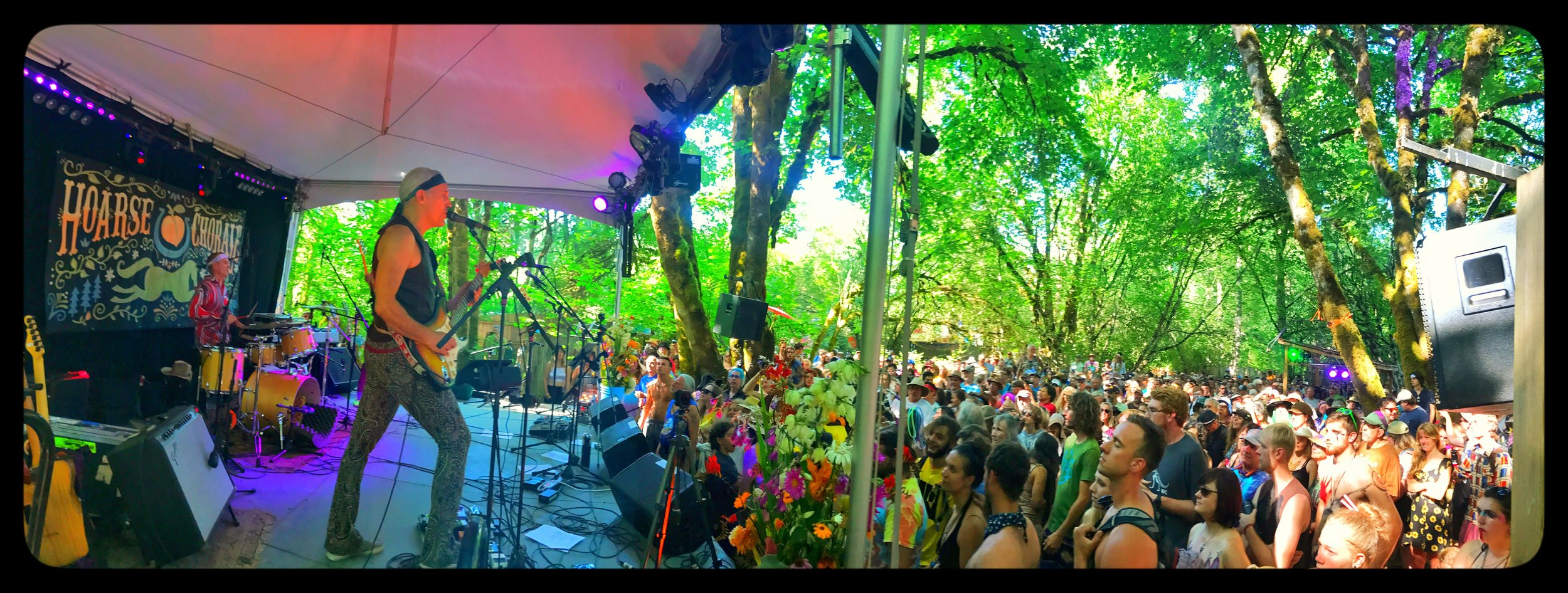 Oregon Country Fair. Hoarse Chorale Stage. 2017