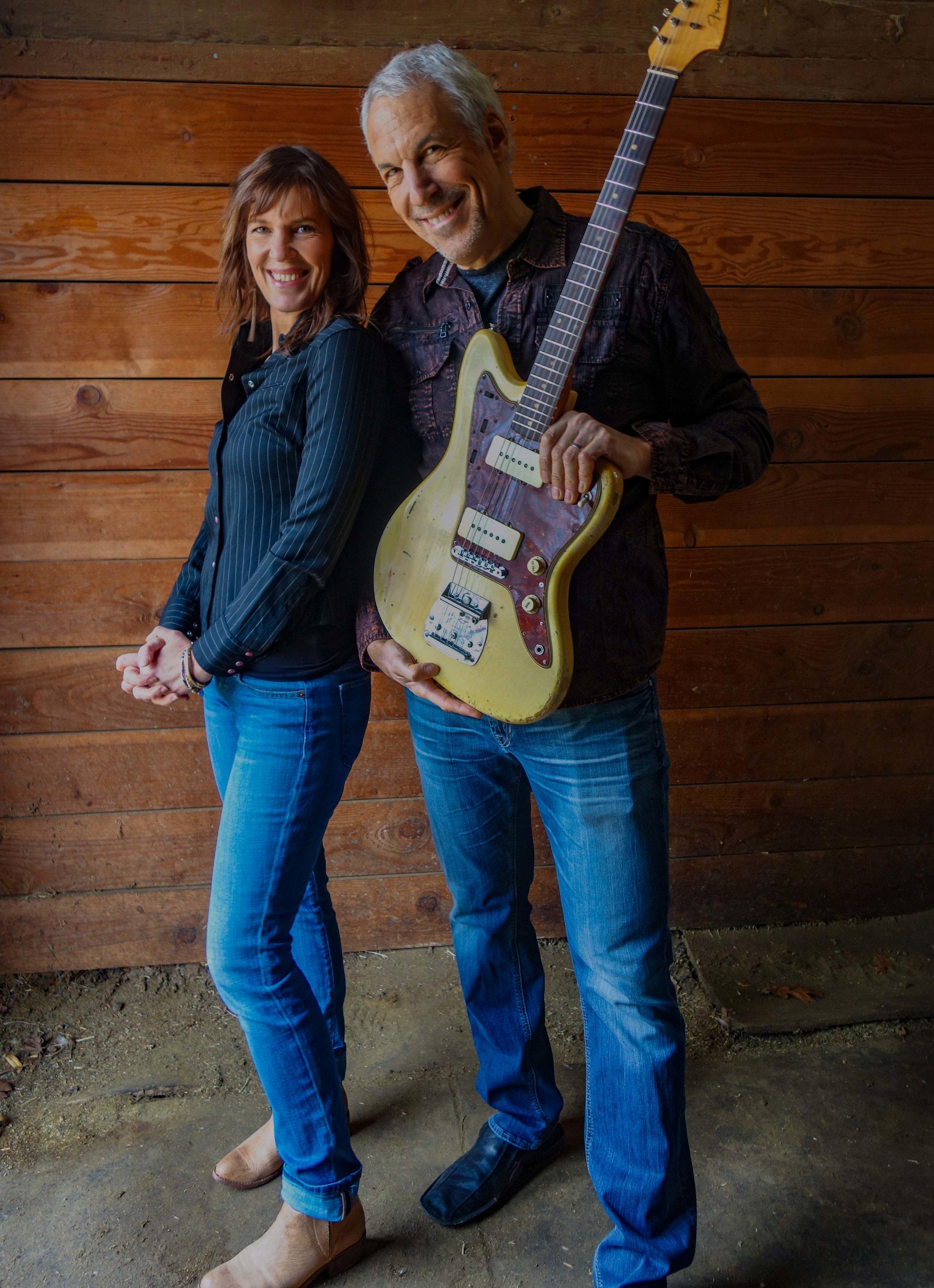 Jeff Pevar & Inger Nova Jorgensen. Photo by Mark Arinsberg