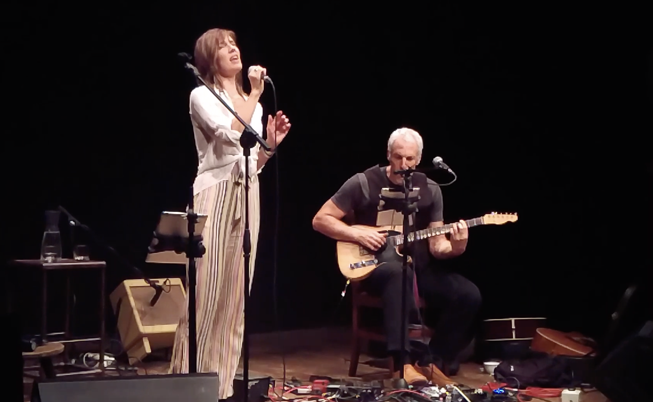 Inger & Jeff performing at Teatro Del Sale, Florence, Italy 2018. Capture from video by Francesco Lucarelli