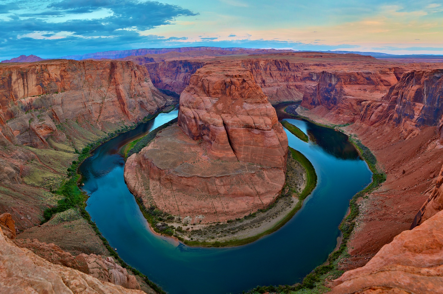 horse shoe canyon 1.jpg