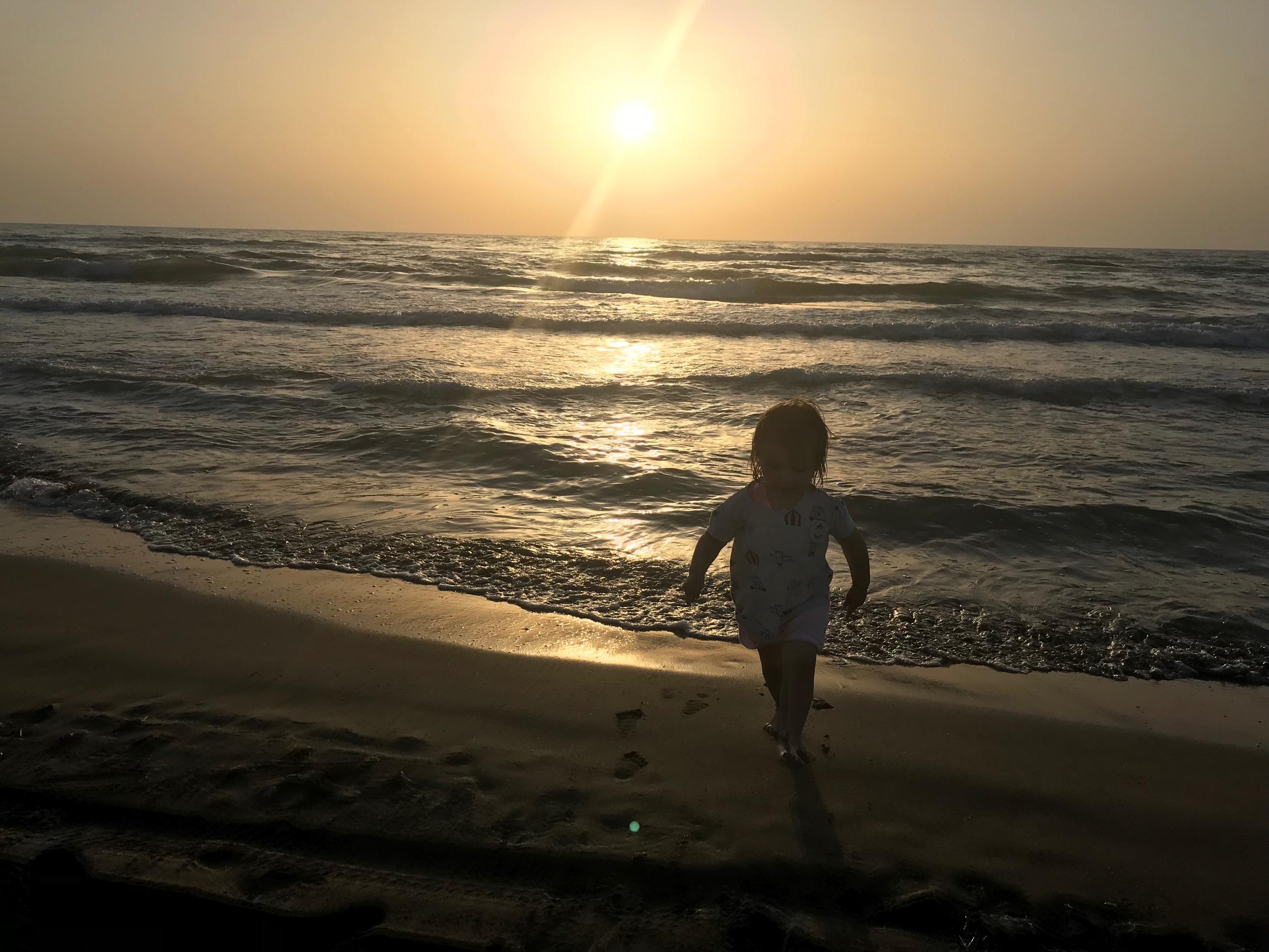 Ilta-aurinko. Kuva: Mirva Rannisto