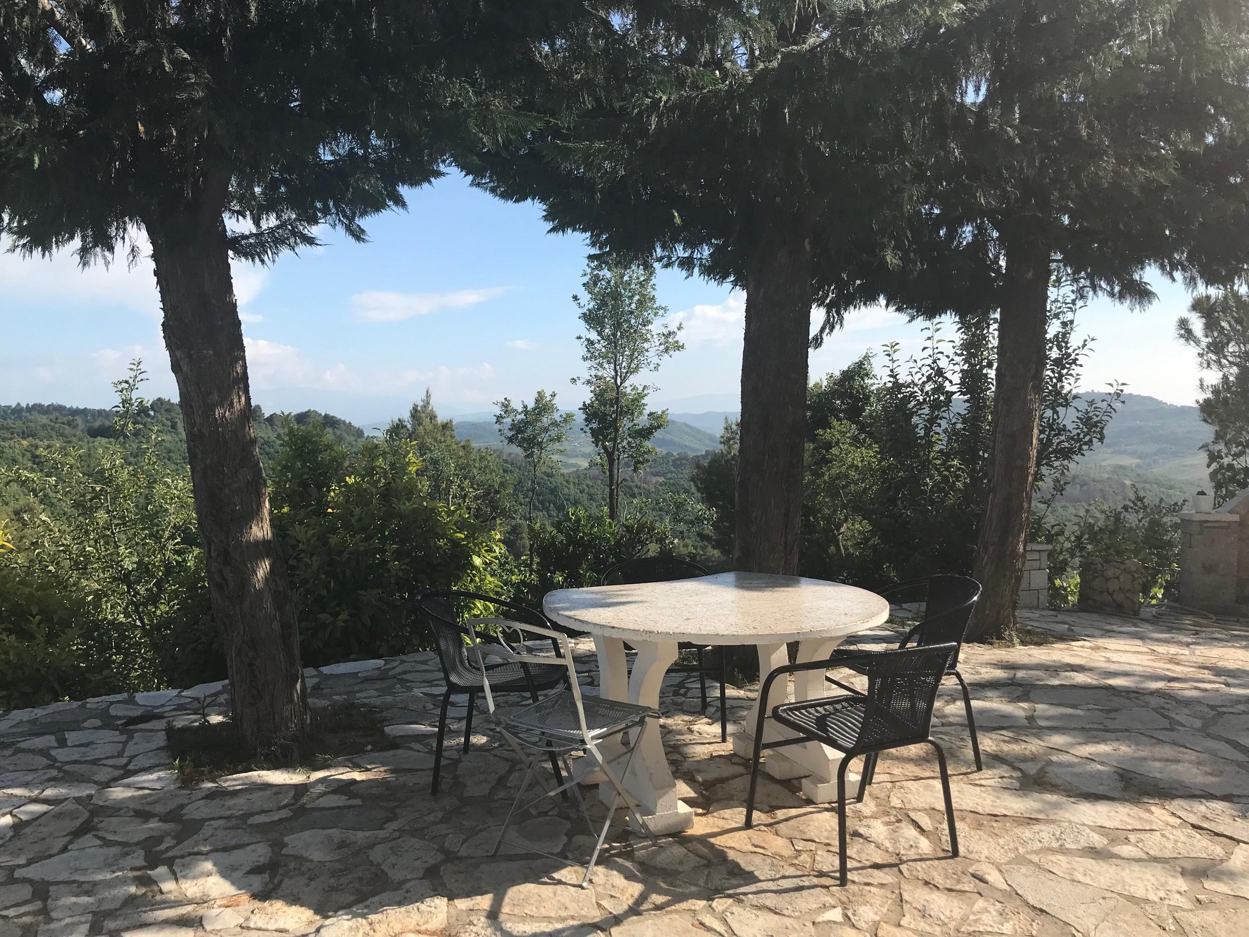 Maisemia Akropoli ravintolasta. Kuva: Mirva Rannisto