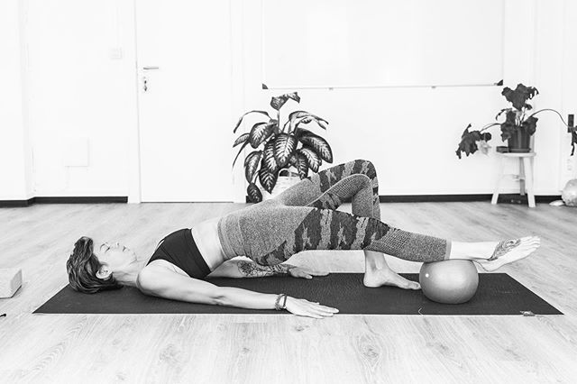 PILATES - join me tomorrow @sportclubheteiland as we focus on Spine + Trunk Stability  See you there 👁