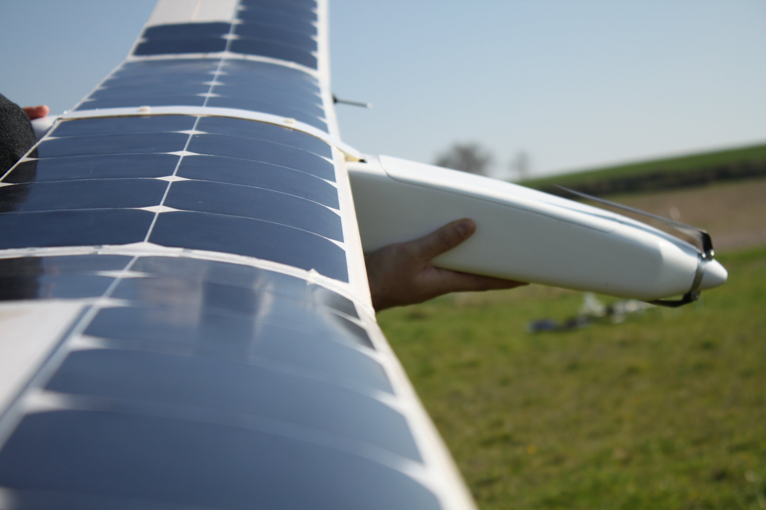 Add tremendous capabilities to your UAVs - Our solar wing is a game changing technology, ready to revolutionize your UAV capabilities and transform the way you collect data. By multiplying by 10 your endurance, this solar wing will allow you to cover hundreds of hectares per flight. It will drastically reduce your mapping time and operational costs.