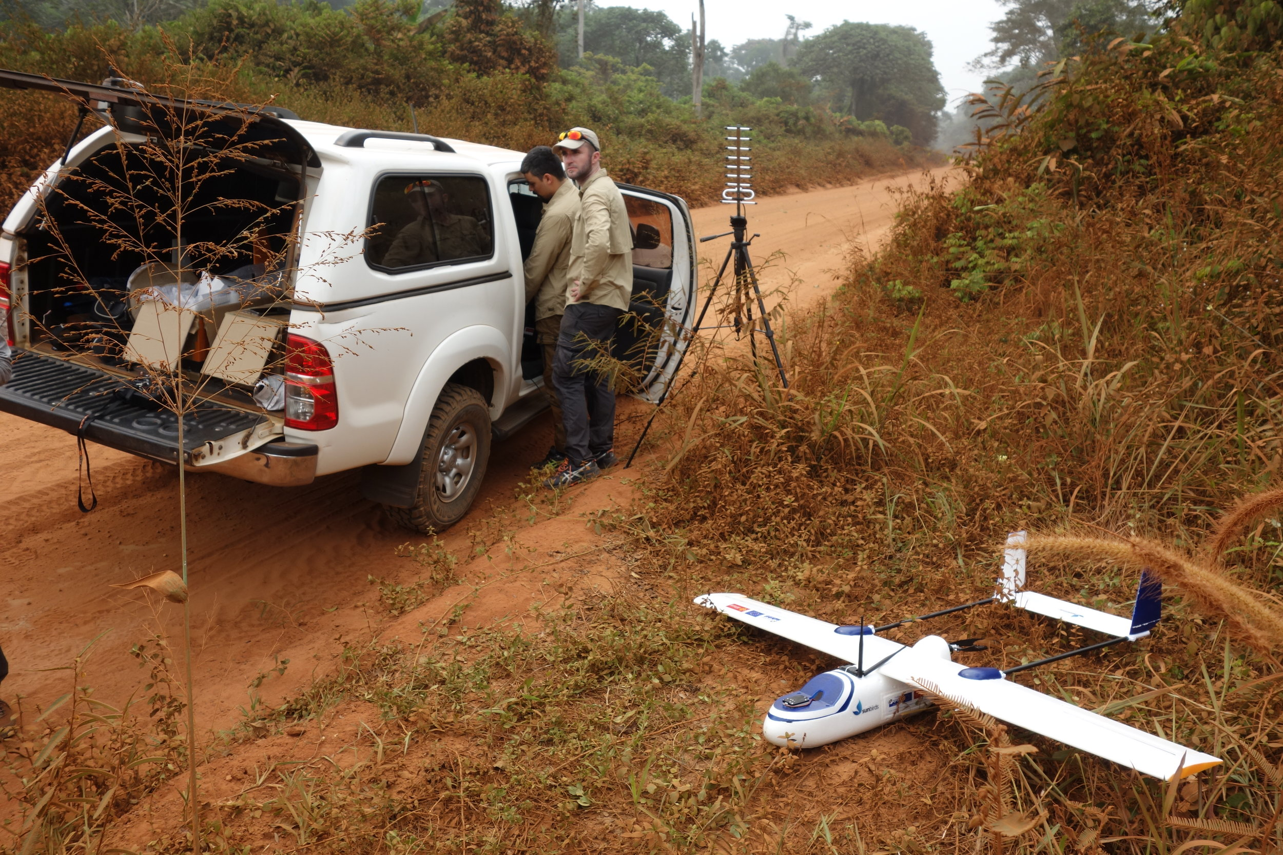 Fly Everywhere, Anytime - With a fuselage made of EPO, the Tigerwing is adapted to the harshest environments and weather conditions. Lightweight and easy to repair, this drone will allow you to take-off and land in the most difficult part of the world, like here, in the Jungle of North Congo.