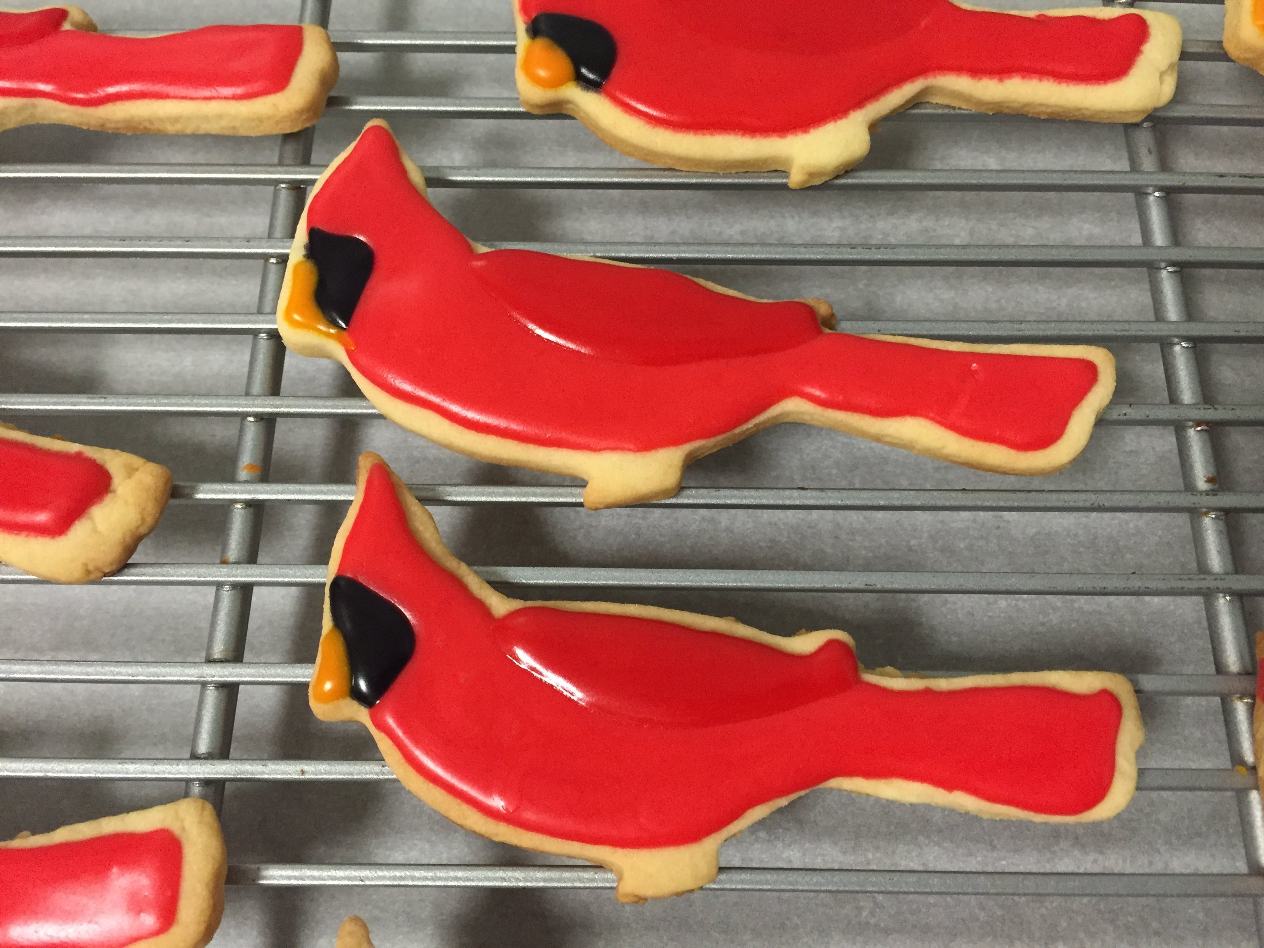 CardinalCookies1.JPG