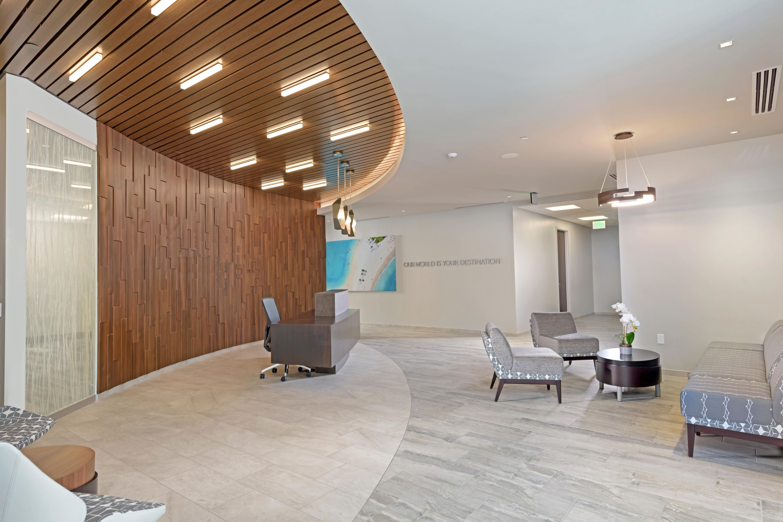 wyndham-lobby-resize.jpg