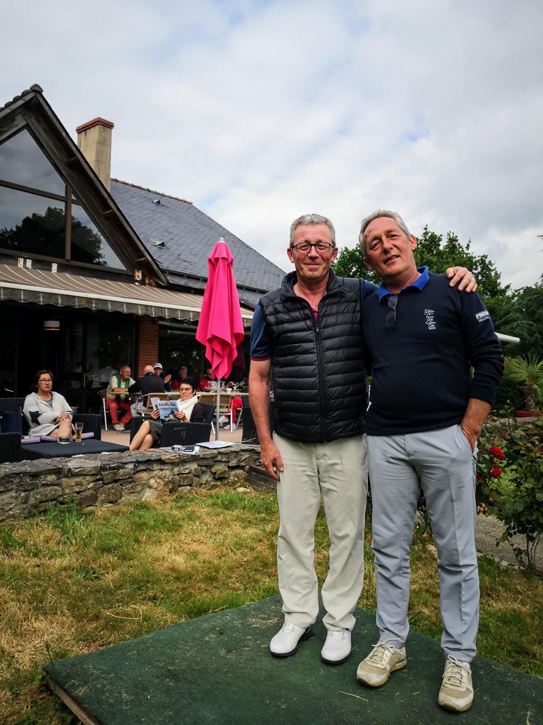 Cailleau Pneus Anjou Golf 32.jpg