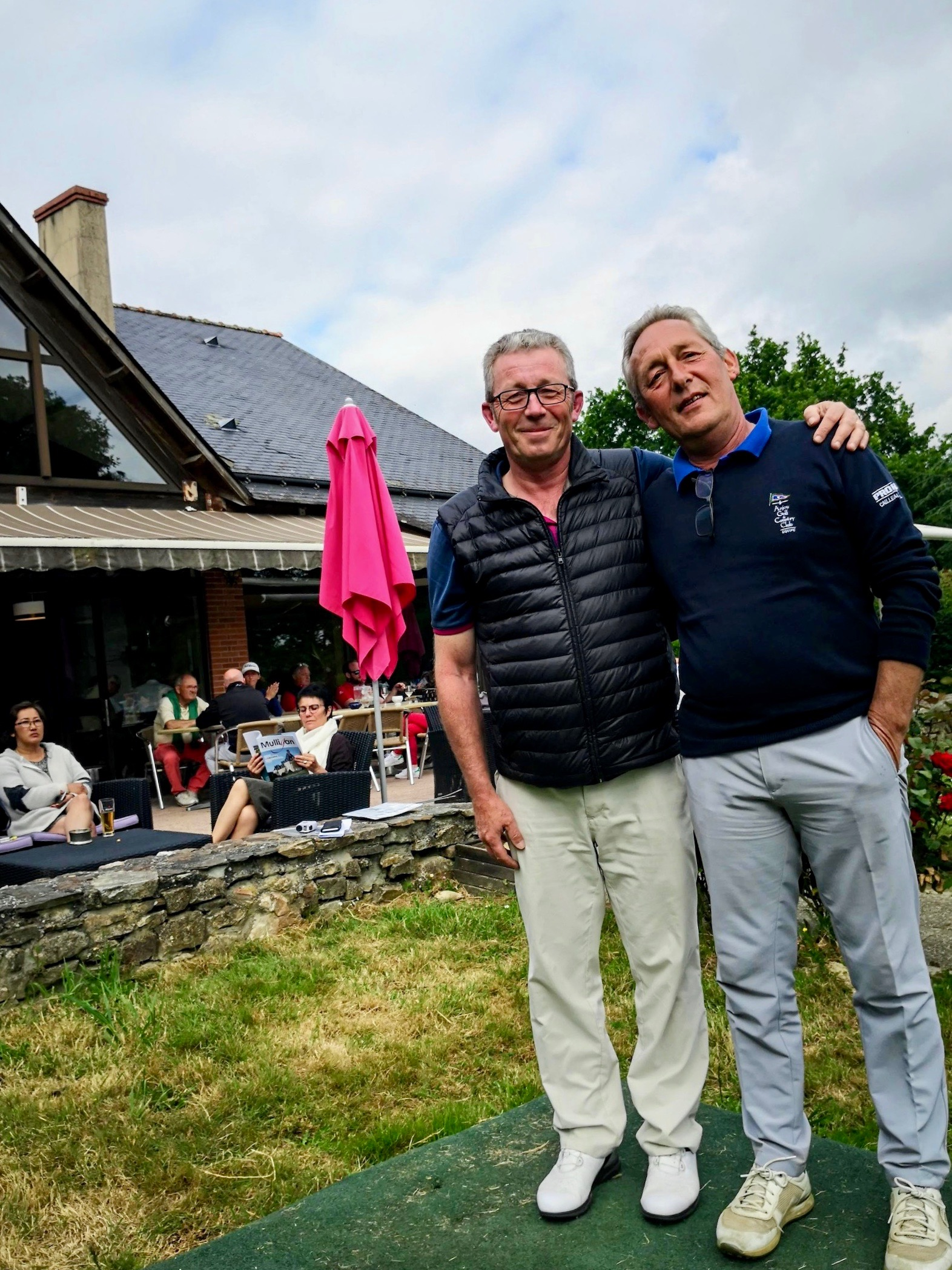 Cailleau Pneus Anjou Golf Frédéric Livenais avec Patric Hameon Association Sportive