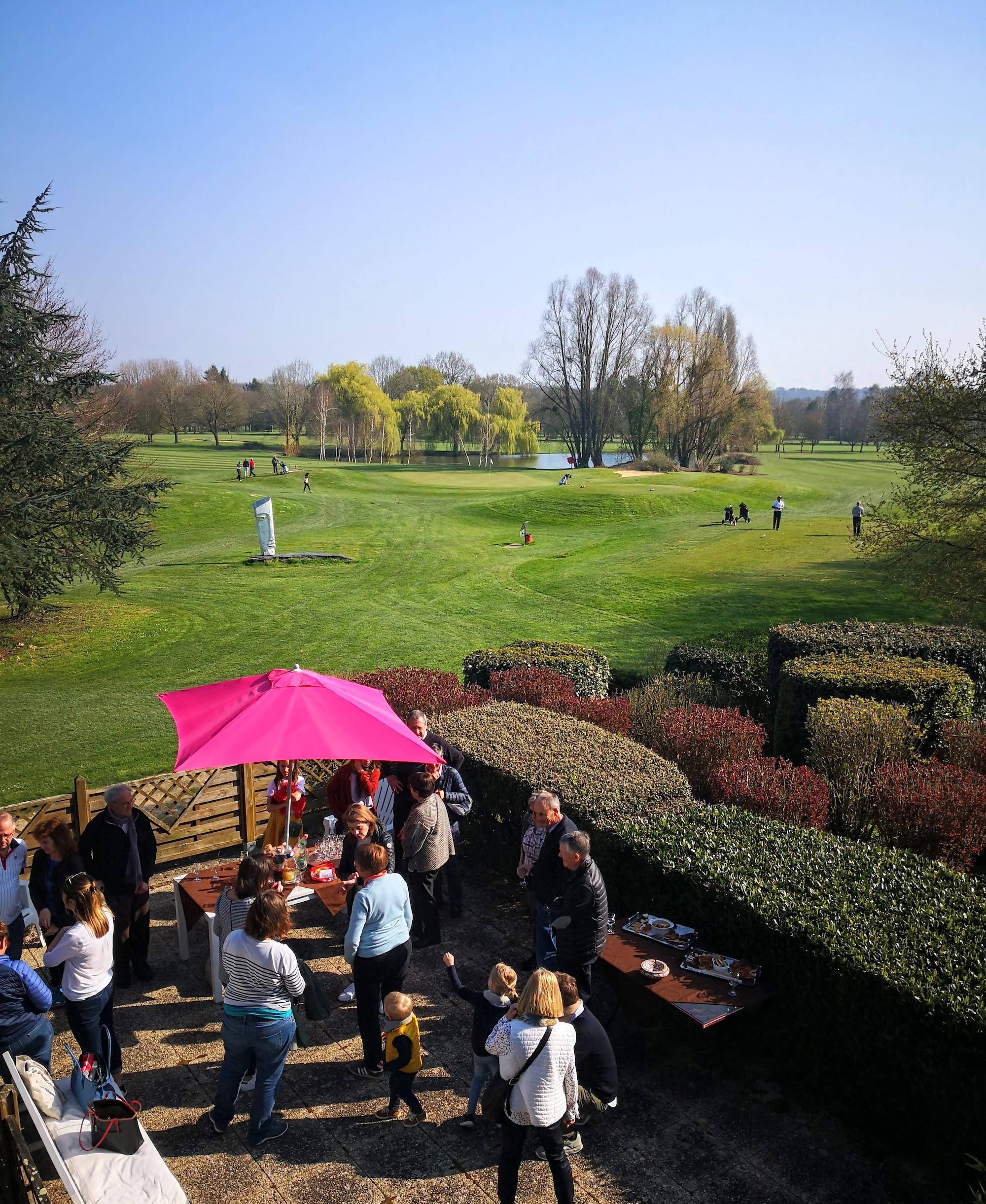 Terrasse restaurant Anjou Golf .jpg