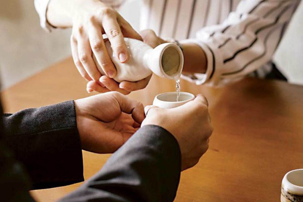 Sake Etiquette 101 -