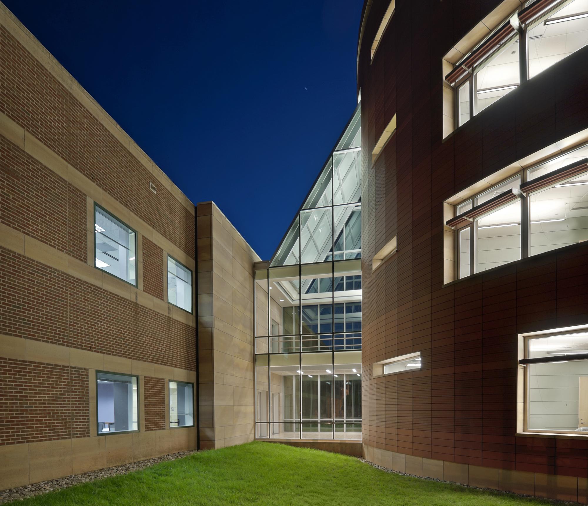 North Carolina Biotechnology Center photo | outside photo