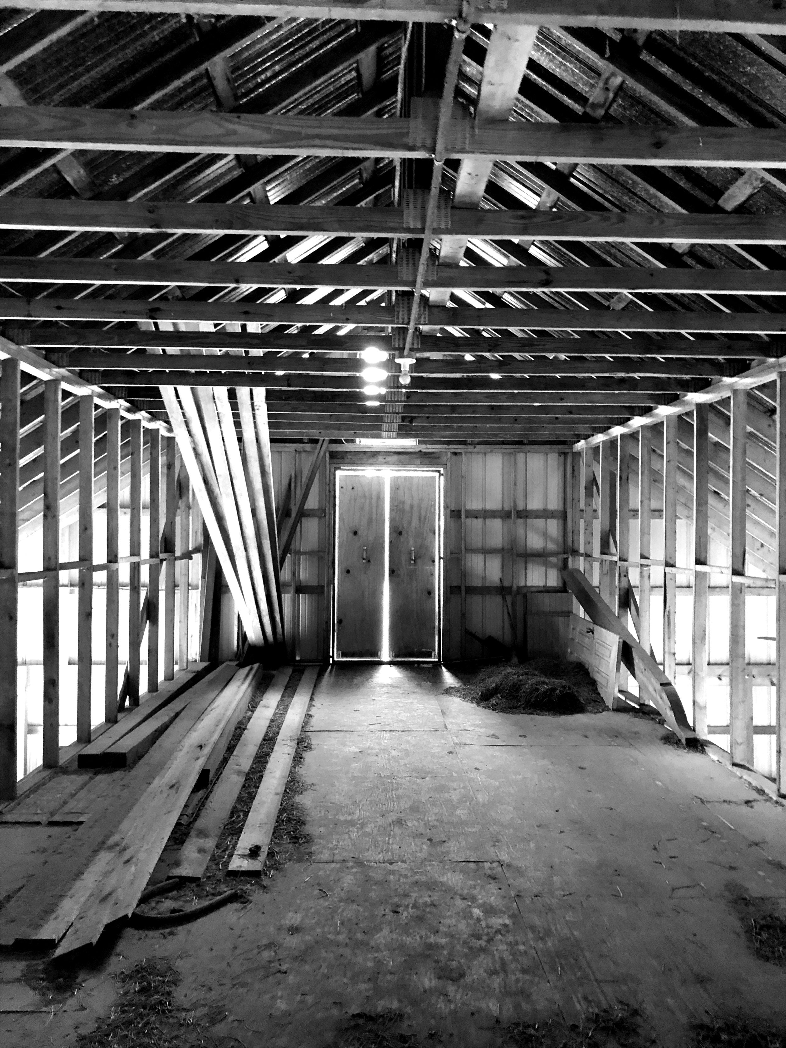 EXISTING BARN STRUCTURE