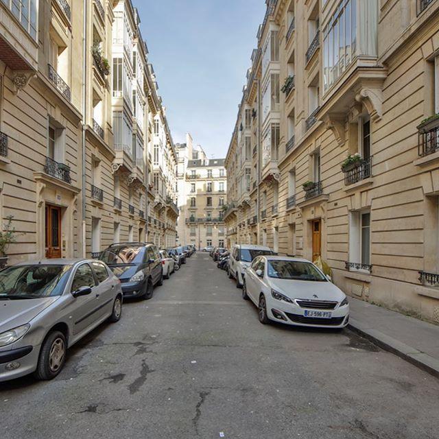 Nouvelle exclusivité: Appartement de 88m2 situé au 1er étage Villa Boissière Paris 16 #new#appartement #88sqm #silverkeys #paris16