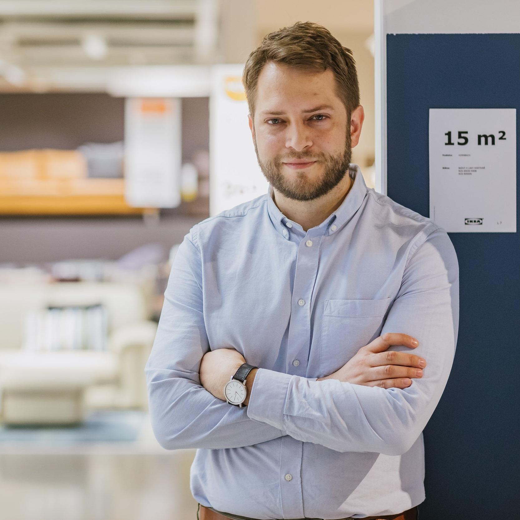 Roman Bojko - Jako manažer udržitelnosti v IKEA se soustředí na realizaci strategii udržitelnosti, která usiluje o podporu - udržitelnejšího života v domácnostech, provozu obchodních domů a komunit.