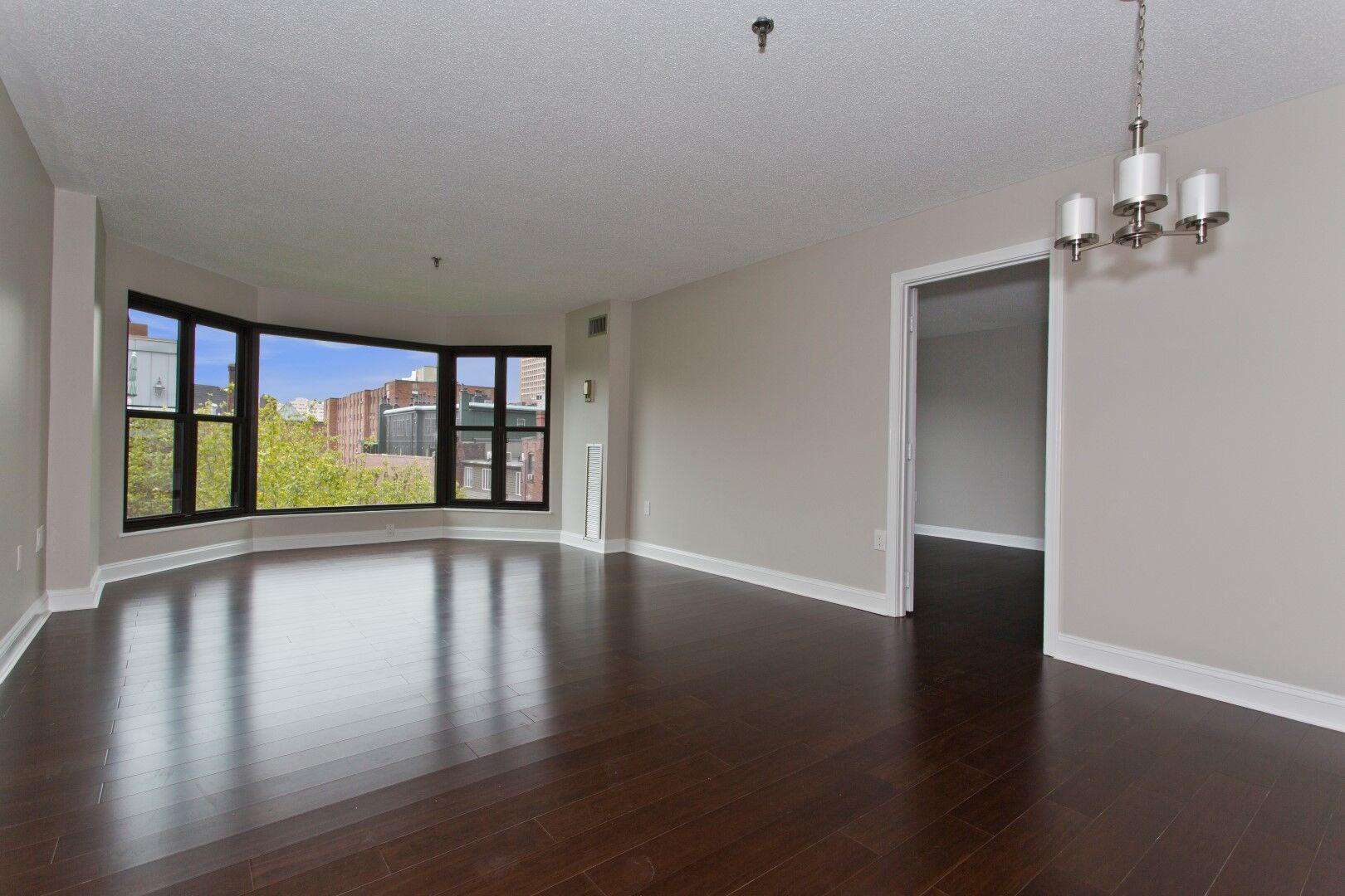 16 harcourt living area-2.JPG