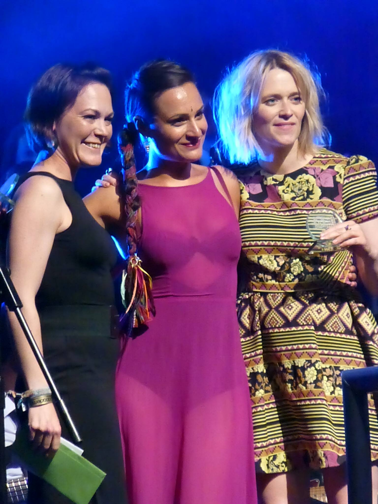 PERFORMANCE AWARD PRESENTED BY EDITH BOWMAN FROM BBC -