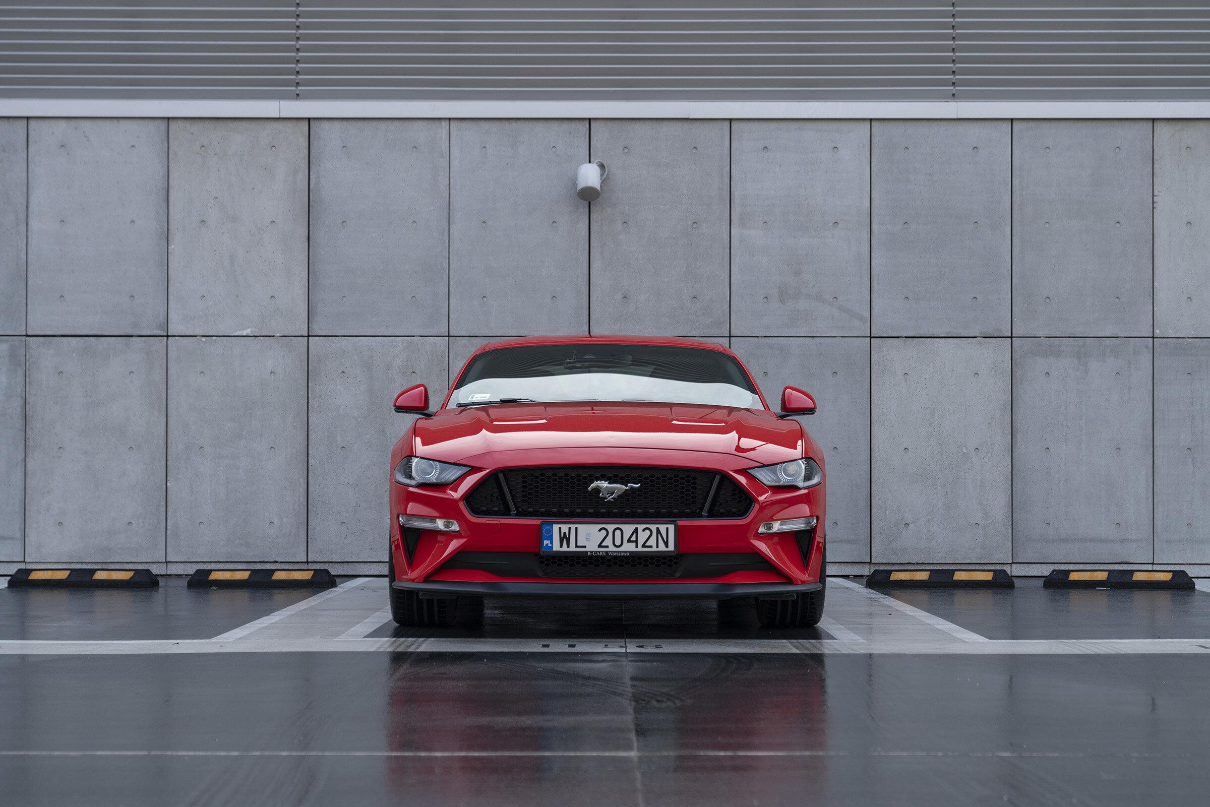 Randka w ciemno w Fordzie Mustangu – marzenia się spełniają!