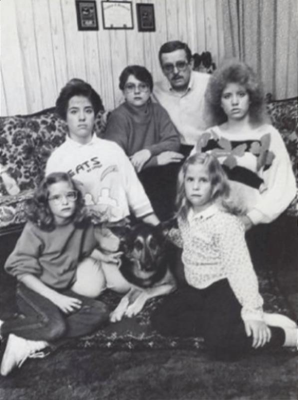 The Smurl Family (hellystar)