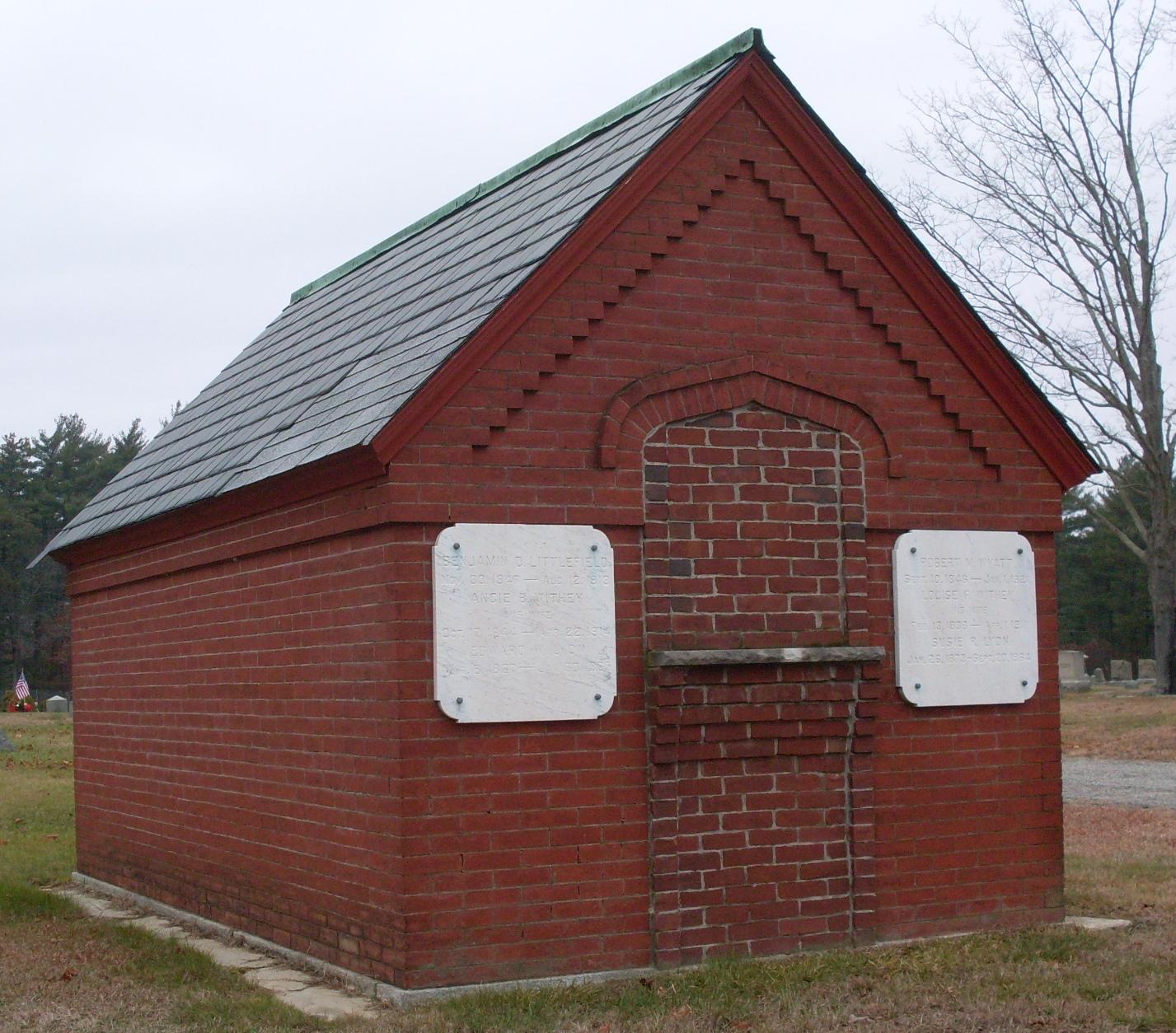 Robert Wyatt Mausoleum (Find a Grave)
