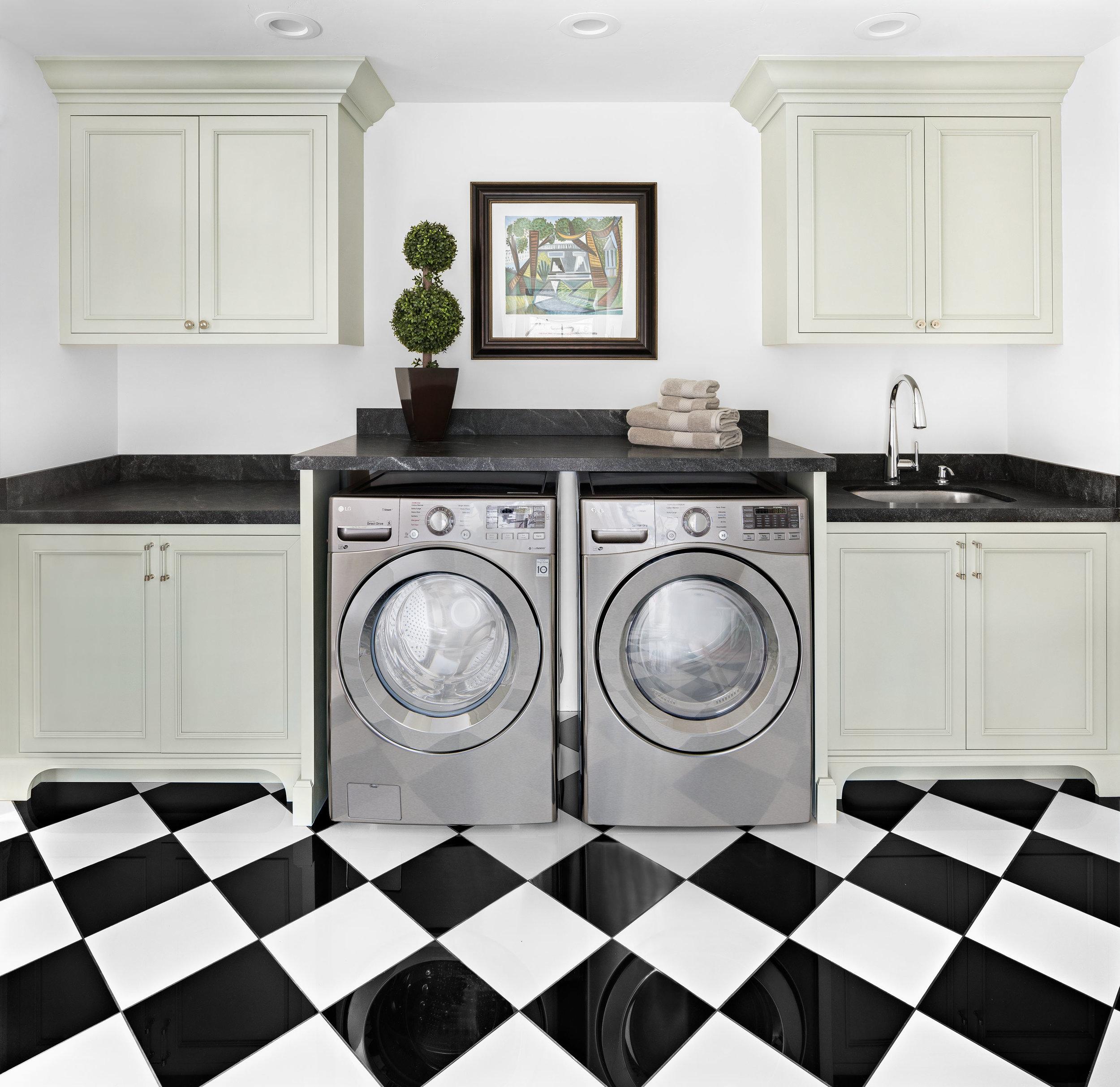 Laundry Room Herbert Ave