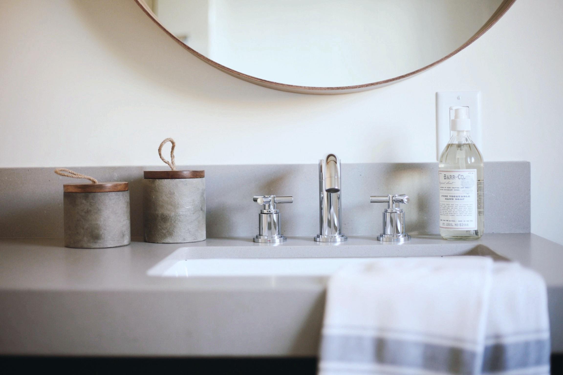 Bathroom sink Details Country Club
