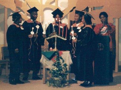 Graduates_1995_small.jpg
