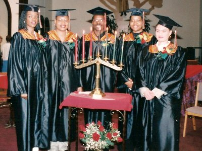 Graduates_1997_small.jpg