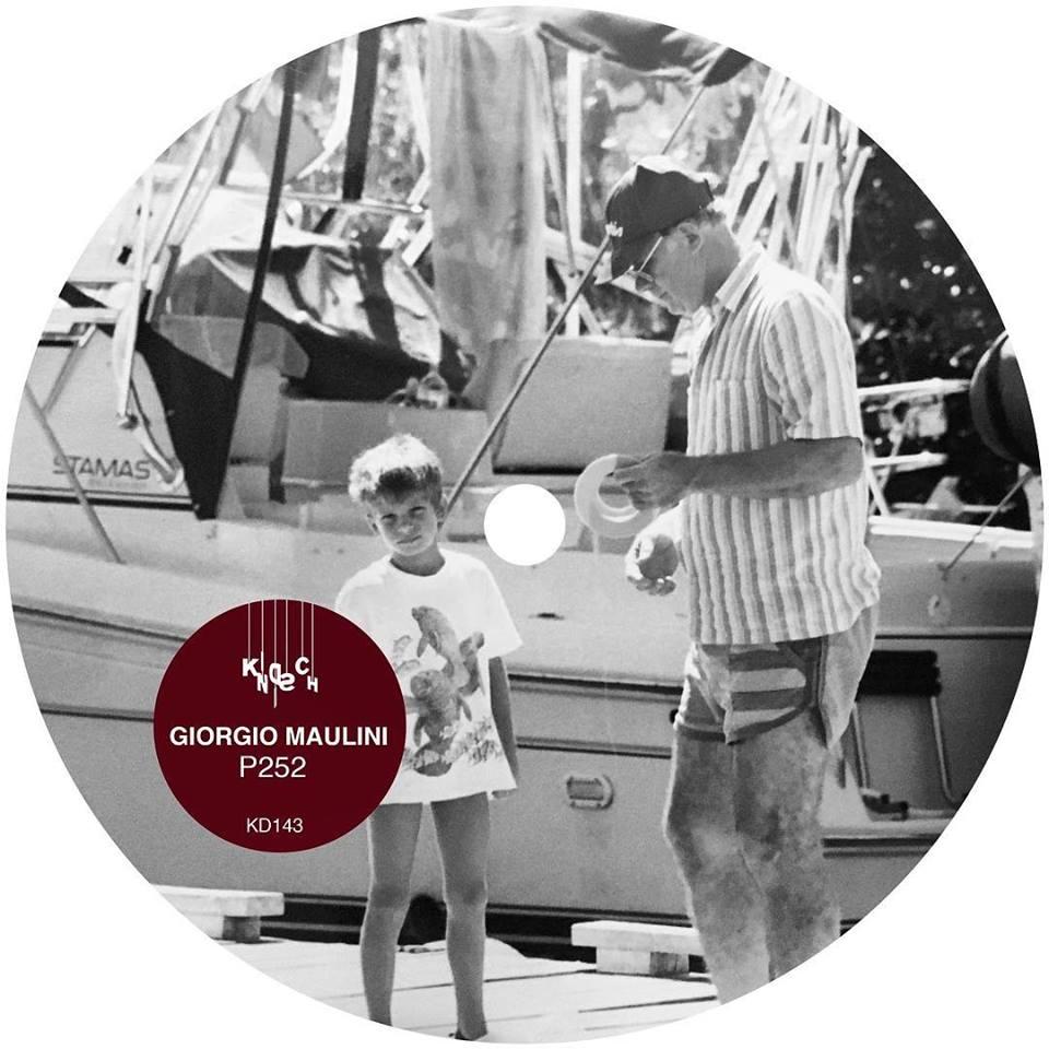 vinyl P252.jpg