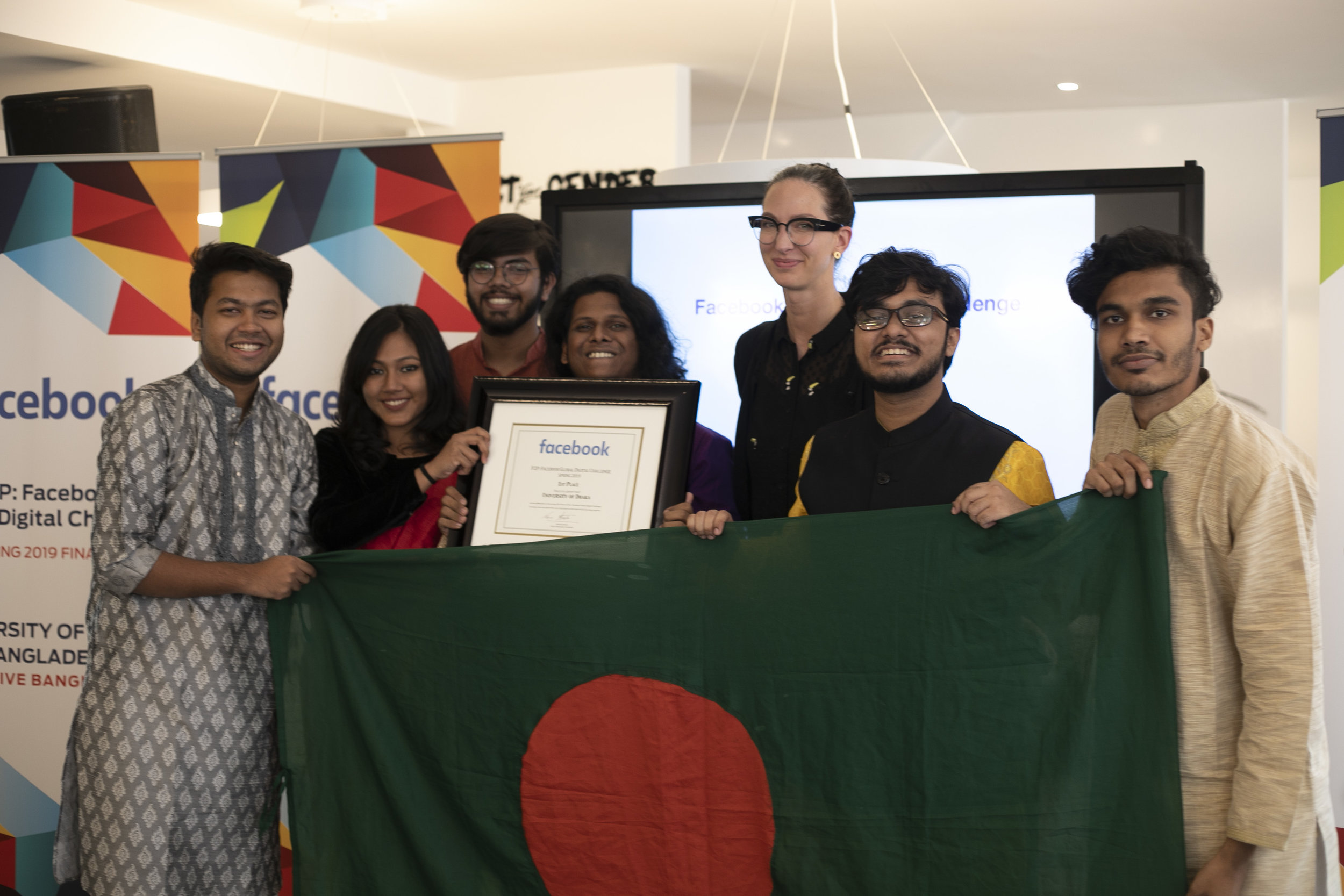 1st Place: University of Dhaka, Bangladesh (Pictured with Erin Saltman, Policy Manager of Facebook)  Photo Credit: MolenGeek