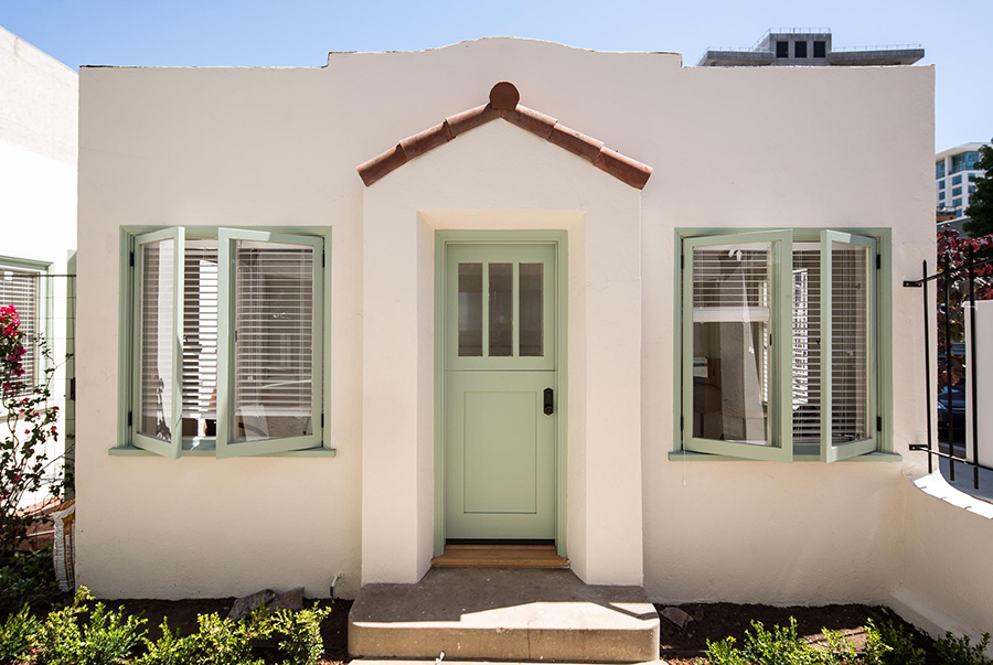 the-bungalows-studio-cottages-little-italy (8 of 23).jpg