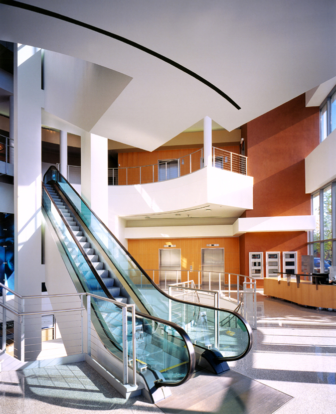 North Avenue Collection_Interior_Lobby_2.jpg