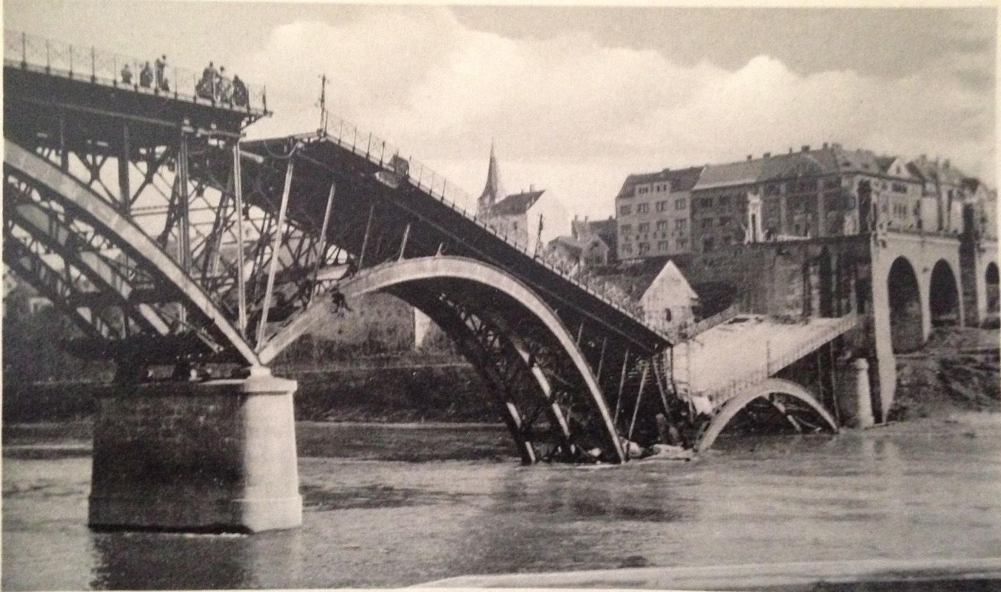 - Maribor Bridge Destroyed by the Defeated Yugoslav Army to Slow the German advance (Archive PL/ Alamy)